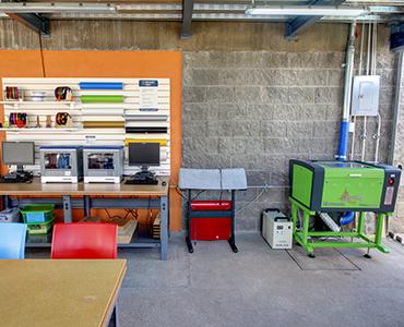 Fabricación Digital Espacio Maker de Zigzag
